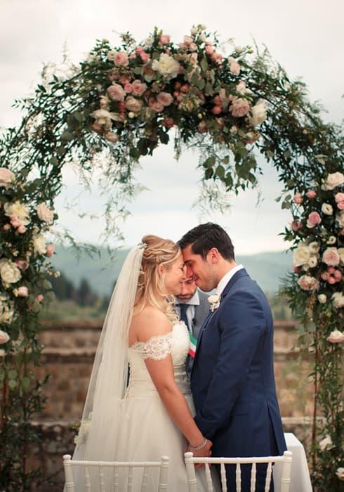 Floé Weddings Civil Wedding ceremony in Tuscany