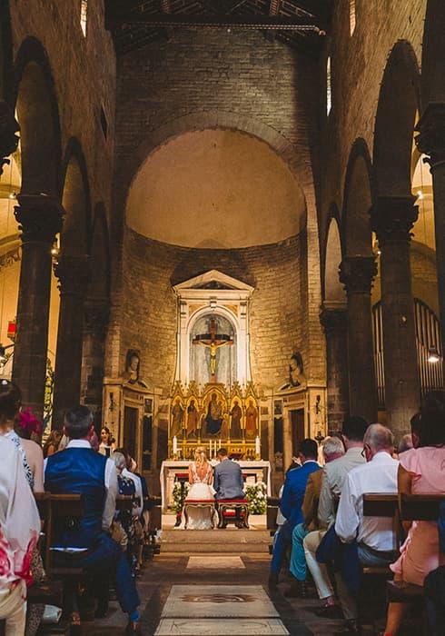 Floé Weddings Religious wedding ceremony in Tuscany